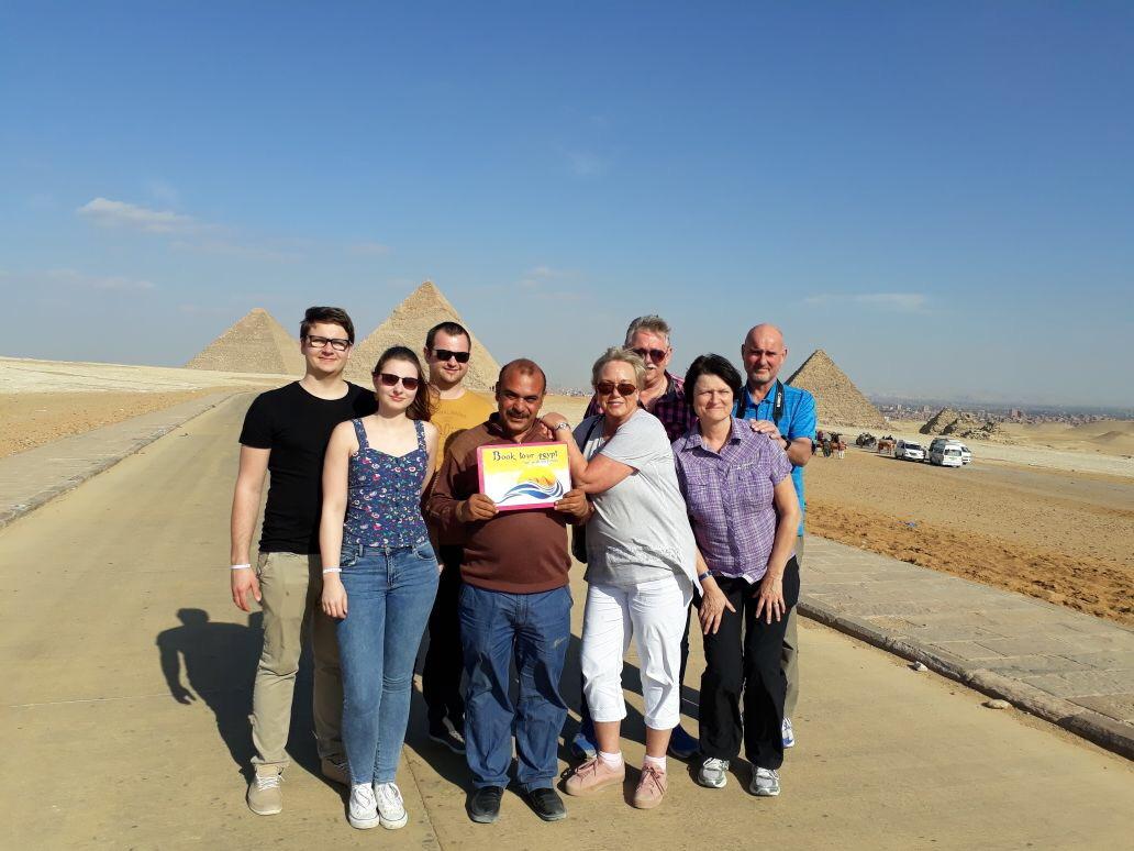 Zweitägiger Ausflug von Sharm El Sheikh nach Kairo mit dem Bus
