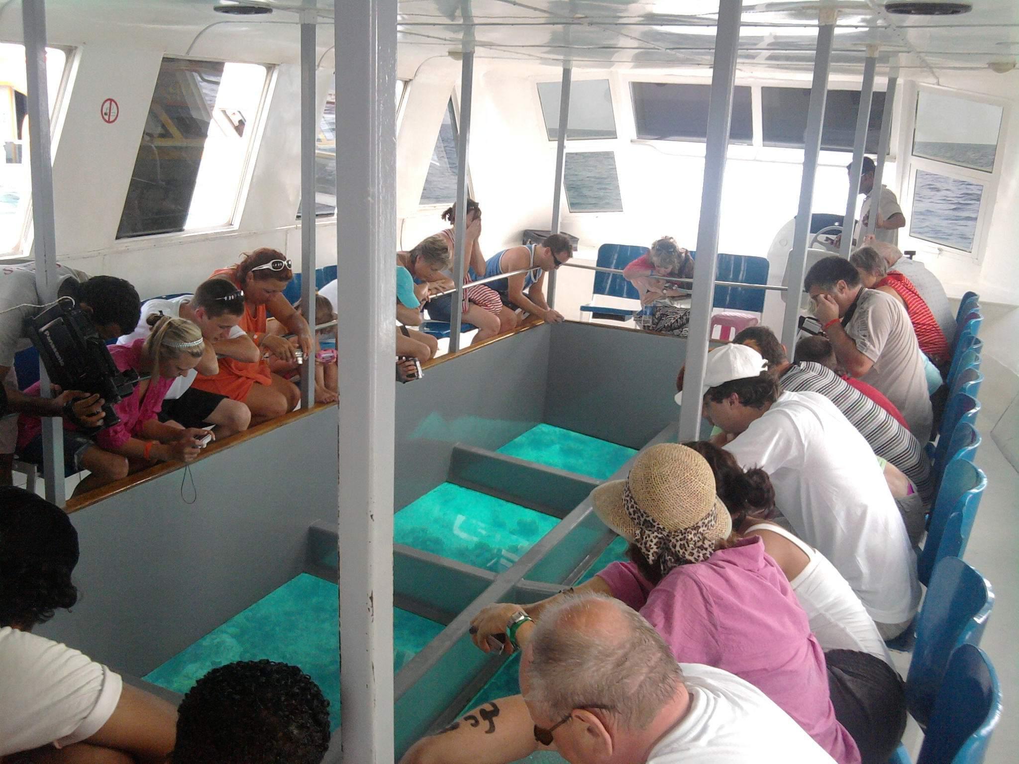 Glasbodenboot Ausflug und Korallenrifftour in Sharm el Sheikh