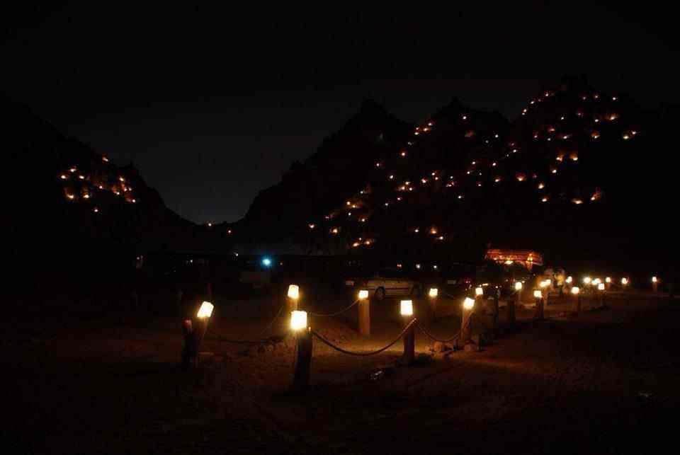 Quadfahrt mit Kamelritt, Abendessen und Show in  sharm El Sheikh